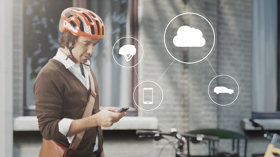 Volvo-Cars-Connected-Cycle-Safety-Technology_01